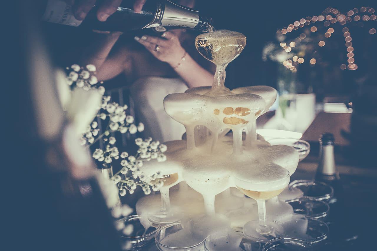 21-photo-soiree-naturel-reportage-photo-mariage-haut-gamme-luxe-chic-boheme-champetre-minimaliste-photographe-aline-ruze-domaine-malmont-