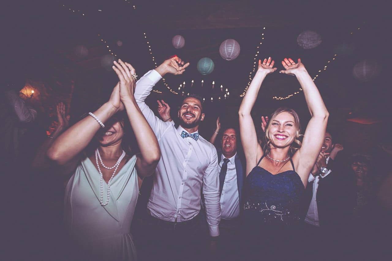 23-photo-soiree-dance-ouverture-bal-mariage-haut-gamme-luxe-chic-boheme-champetre-minimaliste-photographe-aline-ruze-montpellier-nimes-beziers-perpignan-10