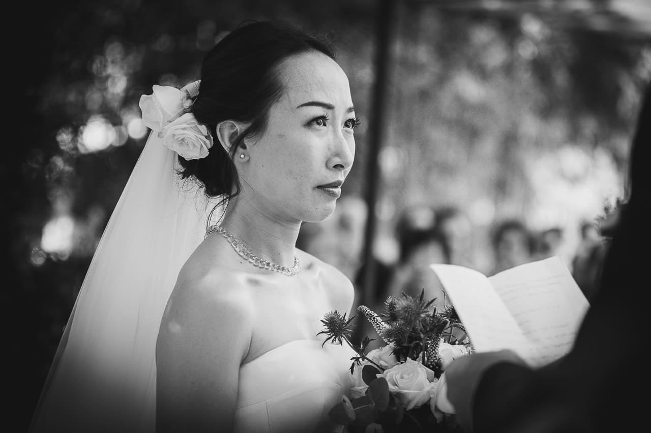4-photo-ceremonie-laique-naturel-reportage-photo-mariage-haut-gamme-luxe-chic-boheme-champetre-minimaliste-photographe-aline-ruze-domaine-malmont-8