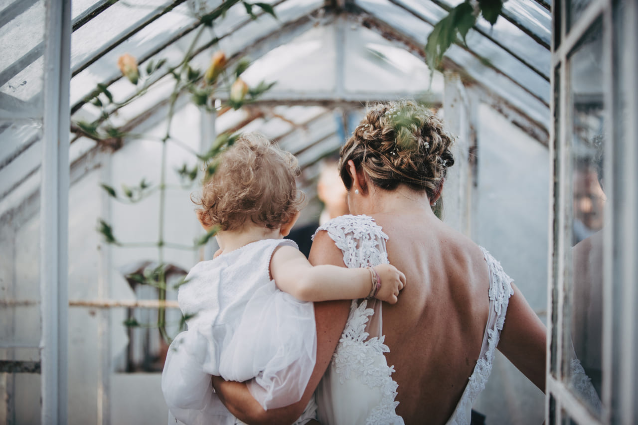 photo-couple-reportage-photo-mariage-haut-gamme-luxe-chic-boheme-champetre-photographe-aline-ruze-herault-beziers