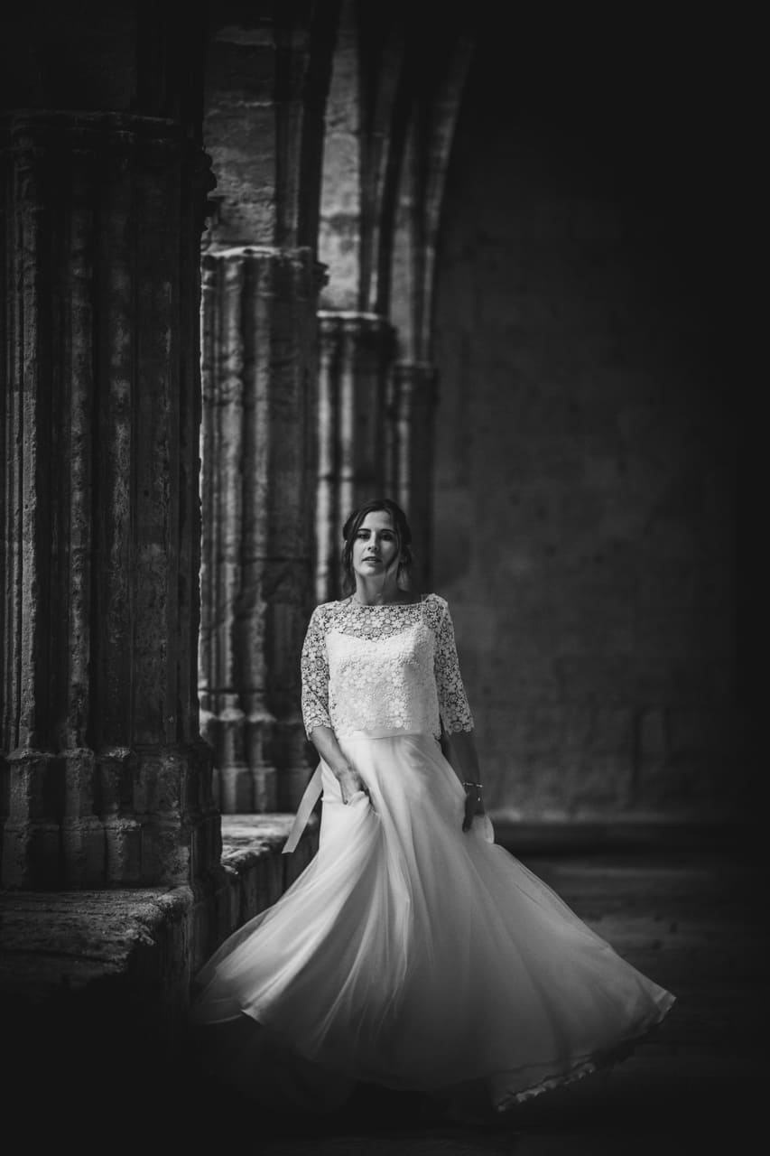 photo-couple-reportage-photo-mariage-haut-gamme-luxe-chic-boheme-champetre-photographe-aline-ruze-herault-prieure-beziers